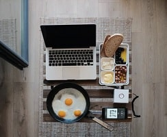 Déjeuner au bureau est désormais possible sur le lieu de travail