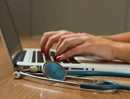 Inaptitude: l'avis du médecin du travail contestable devant le juge
